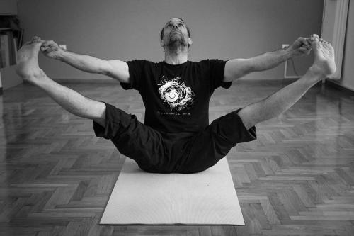 symmetry training innovation yoga athens 07