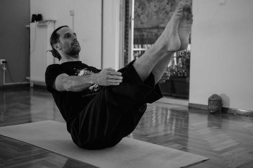 symmetry training innovation yoga athens 09