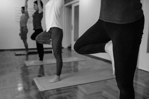 symmetry training innovation yoga athens 11